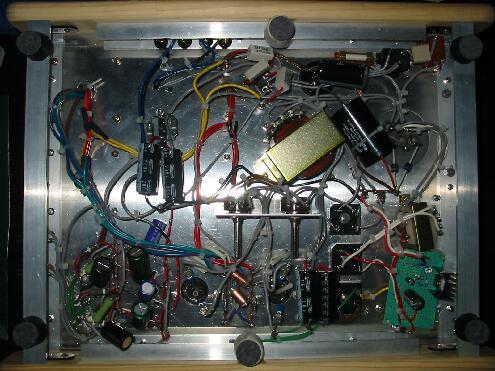 真空管アンプ製作:完成した内部配線、はらわた